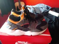 Nike Huarache Run Sunset Pack - Worn - size 10