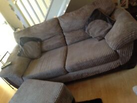 Sofa in good condition!!