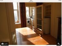 3 bedroom HMO traditional ground floor flat in Polwarth, available early August