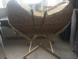 Wicker Moses Basket with Stand & Mattress & Linens