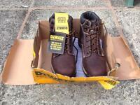 New DeWalt safety boots size 10