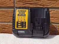 DeWALT dcb115 rapid charger,10.8v-14.4v-18v. LI-ION, BRAND NEW.