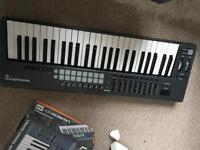 Launchkey 49 Novation Midi Keyboard