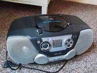 CD/USB player + Radio Tuner