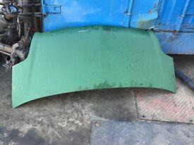 Renault Master bonnet green