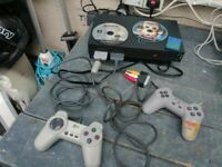 SONY PLAYSTATION 2 BUNDLE CONSOLE 2 CONTROLLERS MEMORY CARD LEADS AND 2 GAMES.
