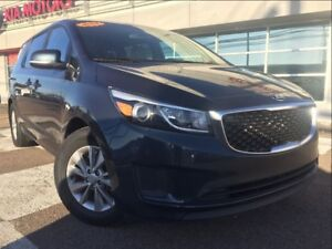 2017 Kia Sedona LX, 8-SEATER!! ONLY $97* ON-THE-ROAD WEEKLY!!!