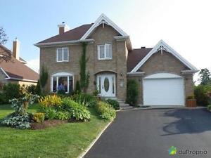 339 900$ - Maison 2 étages à vendre à Rimouski