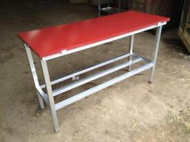 Butcher poly cutting table