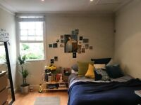 Big Double Room in Kentish Town (2 mins from station)