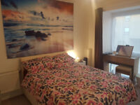 Large Spacious Double Room available in (Otter Drive SM5 ) near Carshalton / St Helier / Hackbridge