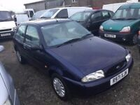 FORD FIESTA VERY LOW MILEAGE FULL SERVICE HISTORY IN SUPERB CONDITION IDEAL FIRST CAR 1YEARS MOT
