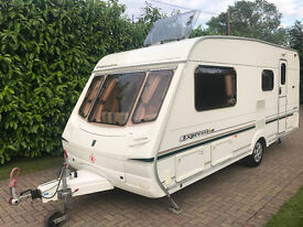 Abbey Expression 520L 4 Berth 2004 Caravan with Motor Movers and Awning