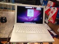 Apple macbook white working no charger and battery faulty