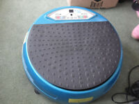 Almost new Vibration exercise plate with various settings