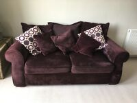 Lovely Reid furniture large 2 and 3 seater sofas