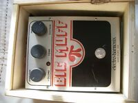 Electro-Harmonix Big Muff Pi stompbox/pedal/effects unit for electric guitar - USA - Crated