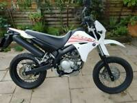 **Yamaha XT 125X 2011 model. Mint condition. Perfect runner. **