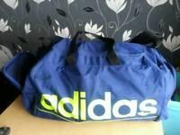 Adidas holdall