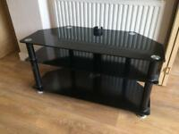 Black glass to stand £10