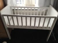 Baby crib / cot / Moses basket. Mothercare. Excellent condition. White wooden finish