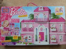 Barbie Mega Bloks Luxury Mansion House + Fashion Boutique