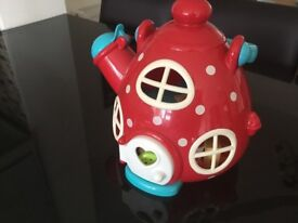Happy Land red teapot and accessories