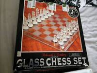 arbroath and turnberry glass chess set