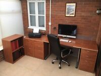 Office furniture set including chair and mat