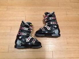 Salomon Sensivit Ladies Ski Boots