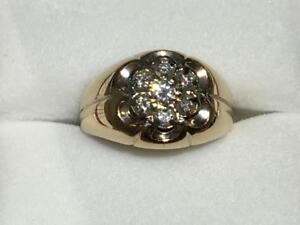 #1538 14K YELLOW & WHITE GOLD KENTUCKY CLUSTER PINKY RING *SIZE 5 3/4* APPRAISED AT $2450.00 SELL FOR $825.00