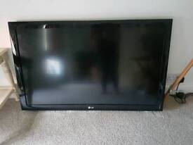 LG 40 inch TV, base and controller