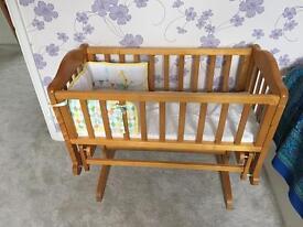 Rocking crib and bedding