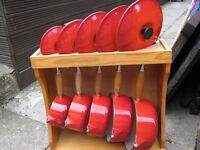 Genuine Set Of Five Le Creuset cerrise red Cast Iron Saucepans With Wooden Rack