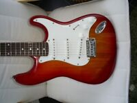 Tanglewood nevada electric guitar in cherryburst