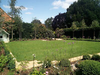 Landscape Gardener needed for upcoming projects around London. £75.00 per day