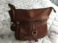 Beautiful genuine Fossil handbag - chestnut brown - with fossil key