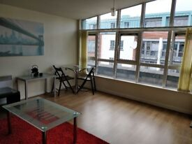 Available Now! Town Centre 2 Bedroom 2 Bathroom Penthouse Fully Furnished
