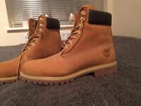 ***QUICK SALE WANTED*** NEW NEVER WORN *** Men's Timberland boots UK Size 9.5