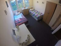 SAVE $$$ - SHARE WITH YOUNG EUROPEANS - CLOSE TO TUBE - GREAT ROOMS IN NICE NEIGHBORHOODS!!