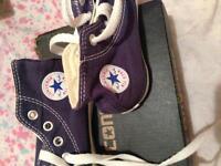 Infant size 6 converse