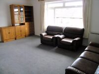 Spacious 2 bedroom flat on Worple Road, SW20!