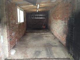 Garage for rent; water and electricity, outdoor light CCTV