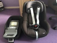 Maxi Cosi Pearl with Family Isofix Base