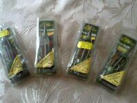 4 x carp inline method feeders. New, 2x 35 grams, 1x 60grams,!x 25 grams.