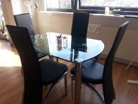 Contemporary Extendable Glass Dining Table + 6 Chairs