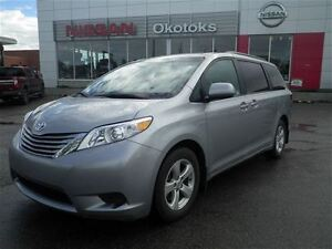 2016 Toyota Sienna LE  Special BUY