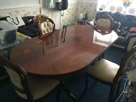 BEAUTIFUL LARGE ITALIAN DINING TABLE & CHAIRS VERY VERY CHEAP AT £190