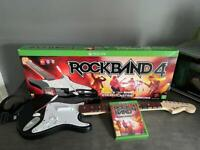 Rock Band 4 - Game and wireless Fender Stratocaster for Xbox one