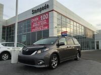 2011 Toyota Sienna SE 8 Passenger w/Rear DVD and Blutooth